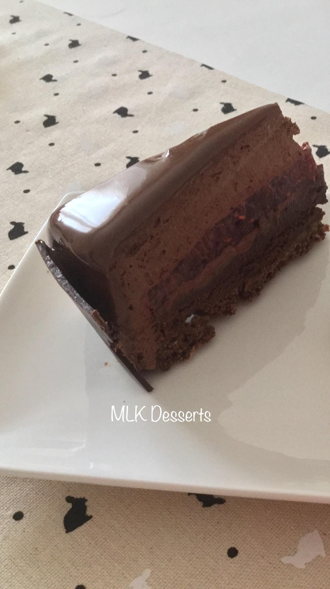 Coupe Entremet Chocolat Noir et Framboises
