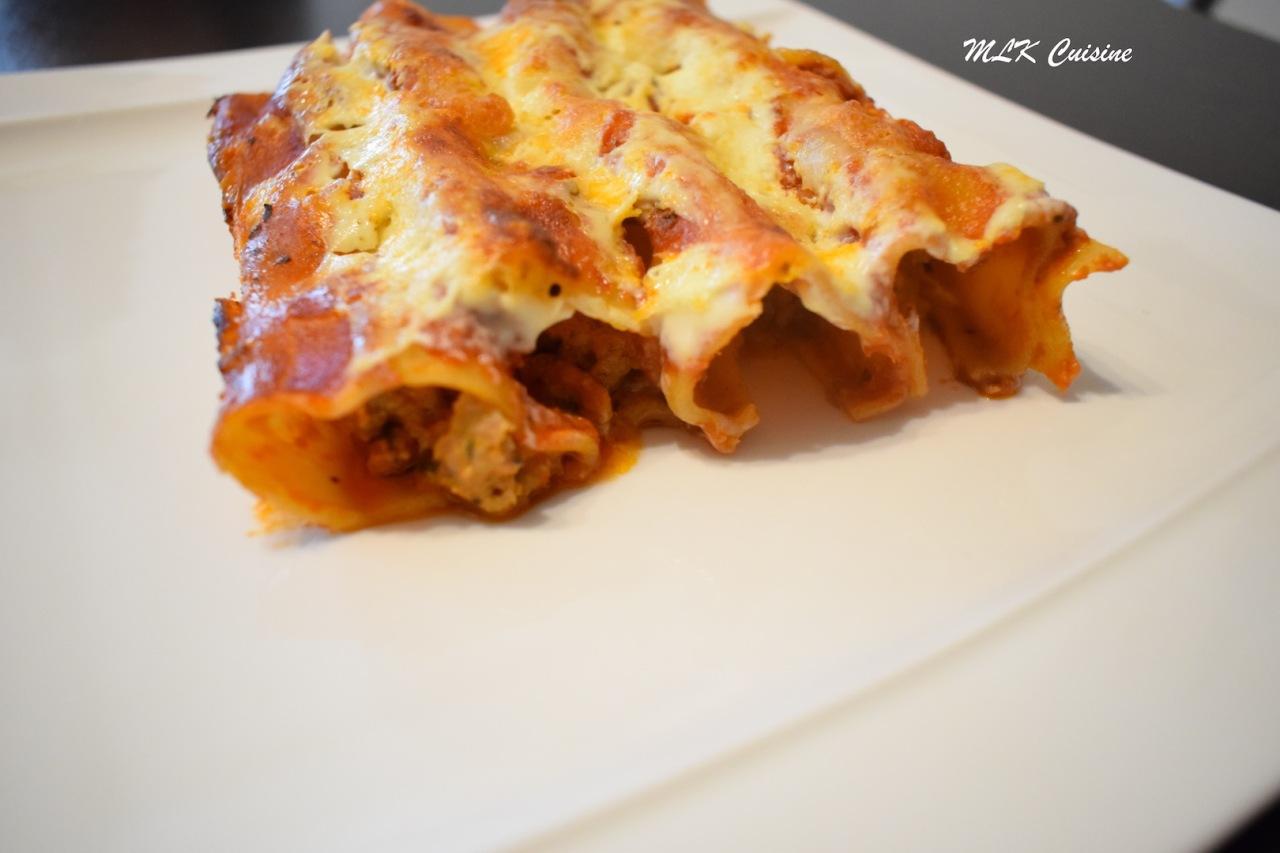 Cannelloni à la viande, mozzarella di bufala, béchamel, à mafaçon