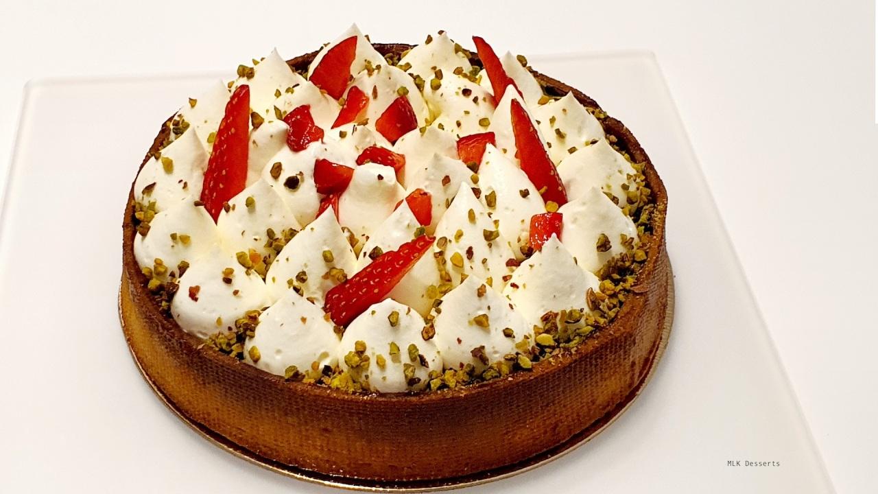 Tarte fraises rhubarbe et ganache ivoirepistache